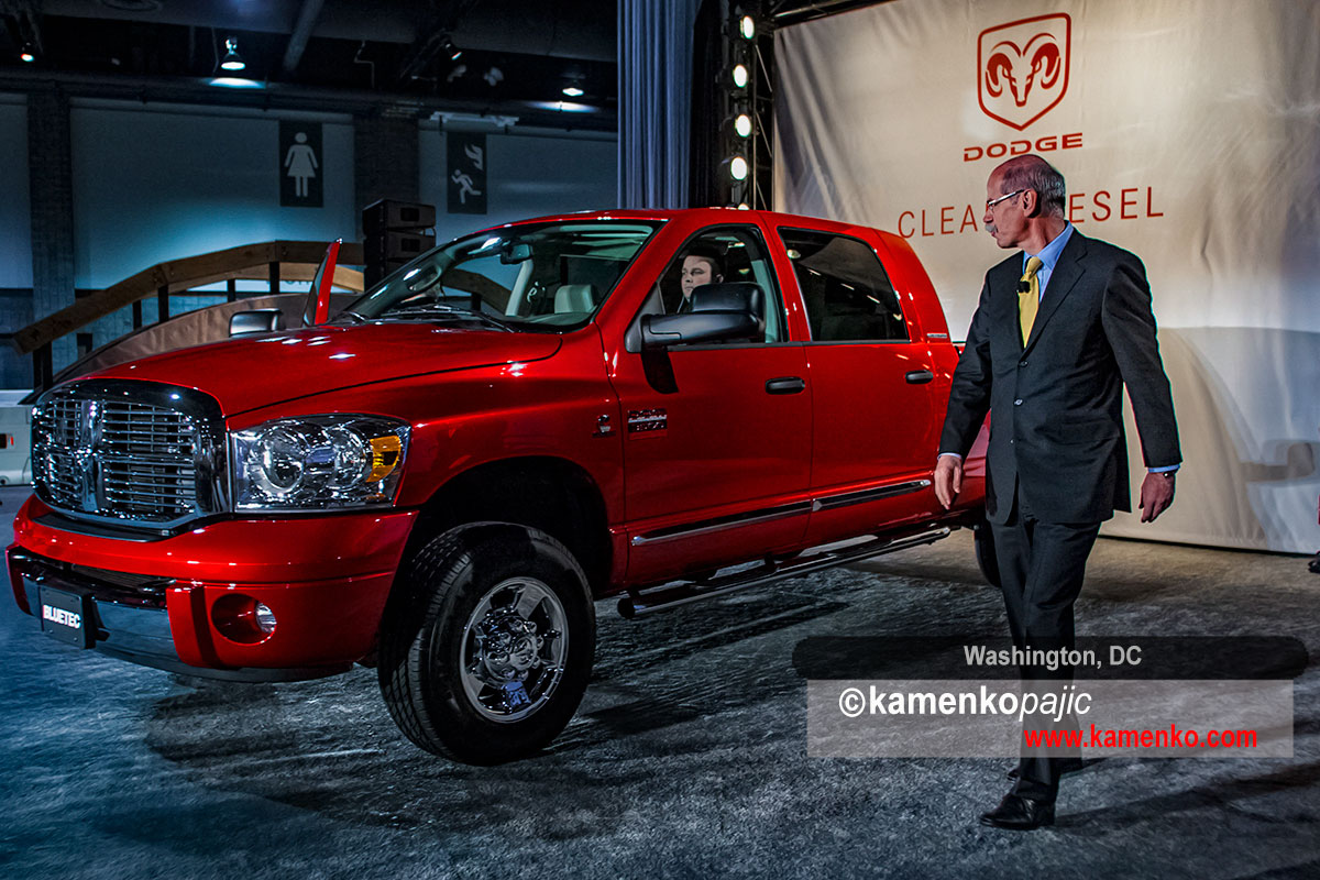 Dieter Zetsche introduses New Dodge Ramr