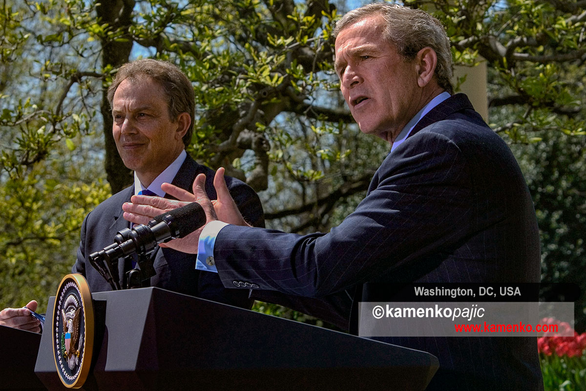 President Bush and Prime Minister Blair talk to reporters